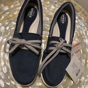 Brand new with tags Crocs Walu II canvas loafer
